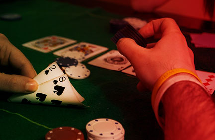 small pocket cards in poker